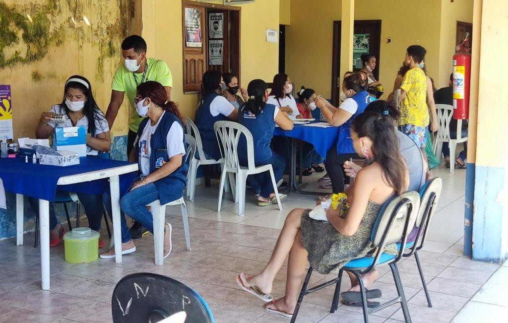Foram ofertados os serviços de emissão de certidão de nascimento, atendimento para inclusão no CadÚnico, aplicação da Vacina contra H1N1, consultas médicas e testes rápidos para detecção de doenças